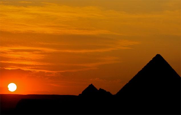 Pyramide Sonnenuntergang